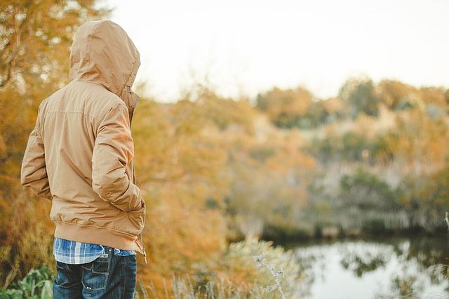 秋冬のメンズ服なら大人っぽい着こなしを押さえたファッションを心がけよう!