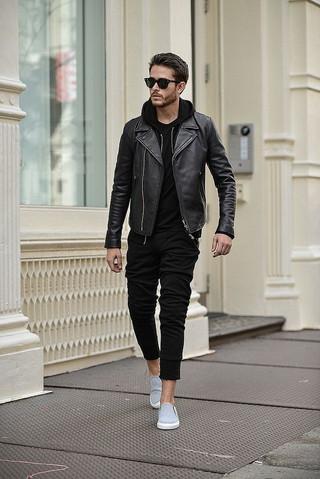 黒ライダースレザージャケットの40代コーデ